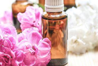 Antizanzare-Naturali-Oli-Essenziali-Repellenti-Usare-Gravidanza8
